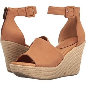 NEW Reaction Kenneth Cole Sole Quest Wedge Sandal